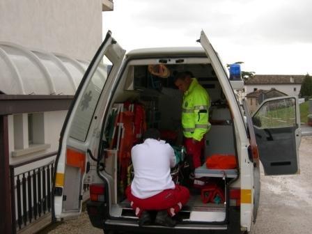 https://www.ragusanews.com/resizer/resize.php?url=https://www.ragusanews.com//immagini_articoli/05-11-2011/1396123237-chiusi-i-pronto-soccorso-di-comiso-e-scicli-ambulanze-medicalizzate.jpg&size=667x500c0