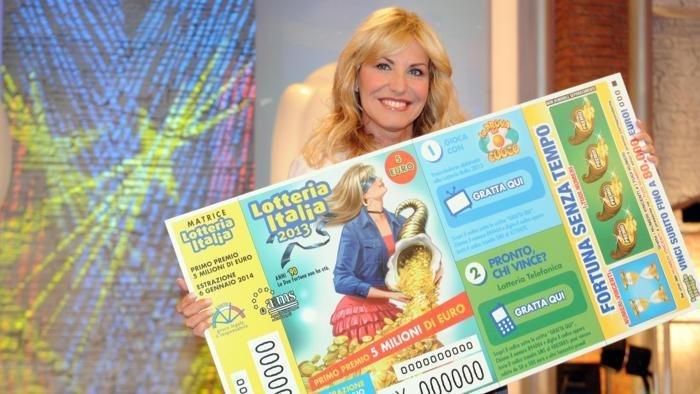 https://www.ragusanews.com/resizer/resize.php?url=https://www.ragusanews.com//immagini_articoli/06-01-2016/1452117355-0-lotteria-la-fortuna-e-cieca-ma-a-ragusa.jpg&size=888x500c0