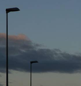 https://www.ragusanews.com/resizer/resize.php?url=https://www.ragusanews.com//immagini_articoli/06-11-2013/1396118753-lo-spegnimento-della-pubblica-illuminazione-lungo-le-strade-provinciali.jpg&size=467x500c0