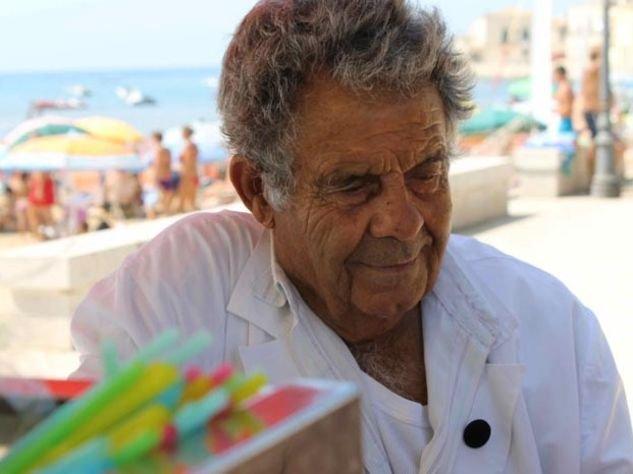 https://www.ragusanews.com/resizer/resize.php?url=https://www.ragusanews.com//immagini_articoli/07-04-2014/1396862149-festival-di-lille-gelati-e-granite-miglior-documentario.jpg&size=668x500c0