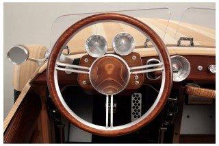 https://www.ragusanews.com/resizer/resize.php?url=https://www.ragusanews.com//immagini_articoli/07-05-2016/1462627081-2-e--tutta-in-legno-l-auto-del-futuro-foto.jpg&size=751x500c0