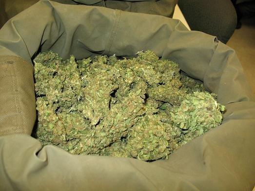 https://www.ragusanews.com/resizer/resize.php?url=https://www.ragusanews.com//immagini_articoli/07-06-2011/1396123985-droga-convalidati-gli-arresti-del-modicano-e-dello-sciclitano.jpg&size=667x500c0