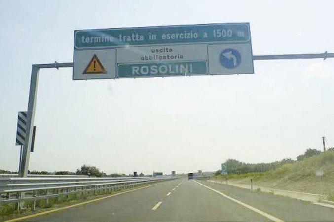 https://www.ragusanews.com/resizer/resize.php?url=https://www.ragusanews.com//immagini_articoli/07-07-2016/1467890908-0-autostrada-avola-noto-rosolini-a-giorni-la-riapertura.jpg&size=752x500c0