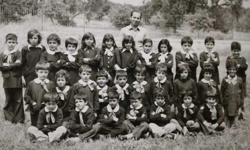 https://www.ragusanews.com/resizer/resize.php?url=https://www.ragusanews.com//immagini_articoli/07-08-2019/1565173253-2-raduno-ex-alunni-scuola-elementare-jungi-dopo-40-anni-foto.jpg&size=833x500c0