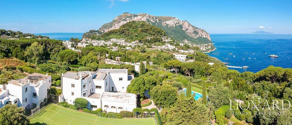 https://www.ragusanews.com/resizer/resize.php?url=https://www.ragusanews.com//immagini_articoli/07-11-2018/1541583854-1-vendo-villa-toto-capri.jpg&size=1162x500c0