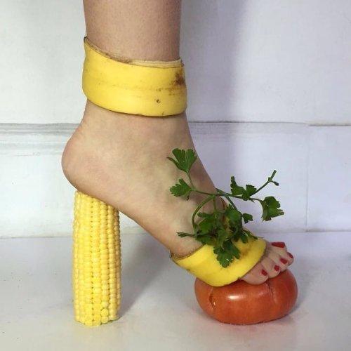 https://www.ragusanews.com/resizer/resize.php?url=https://www.ragusanews.com//immagini_articoli/08-05-2016/1462727677-0-scarpa-ortofrutta-tacco-12.jpg&size=500x500c0