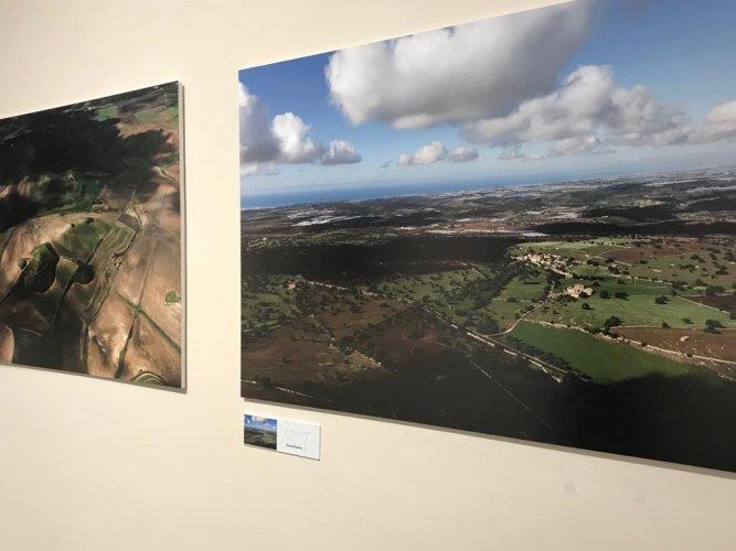 https://www.ragusanews.com/resizer/resize.php?url=https://www.ragusanews.com//immagini_articoli/08-12-2018/1544296594-3-forma-nascosta-sicilia-isola-vista-foto-nifosi.jpg&size=667x500c0
