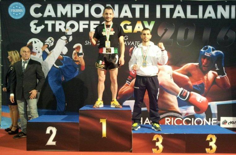 https://www.ragusanews.com/resizer/resize.php?url=https://www.ragusanews.com//immagini_articoli/09-05-2016/1462807344-0-kickboxing-riccione-2016-pacetto-brilla-ai-campionati-italiani-fikbms.jpg&size=761x500c0