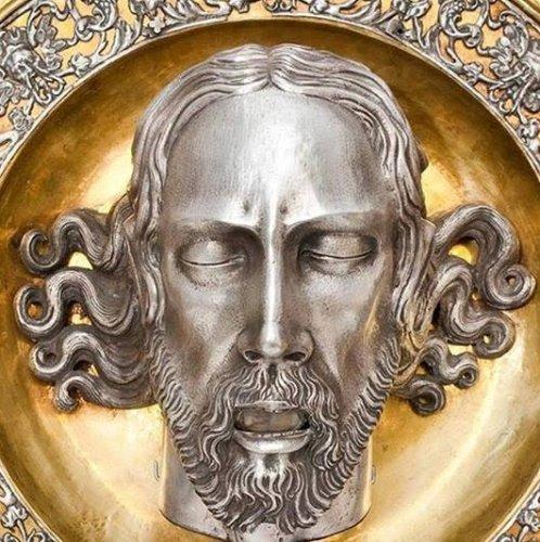 https://www.ragusanews.com/resizer/resize.php?url=https://www.ragusanews.com//immagini_articoli/09-06-2015/1433843262-0-mostra-di-pergamene-in-cattedrale.jpg&size=498x500c0