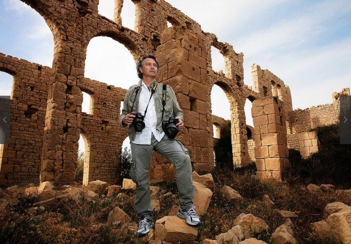 https://www.ragusanews.com/resizer/resize.php?url=https://www.ragusanews.com//immagini_articoli/10-10-2016/1476095852-3-resi-noti-a-los-angeles-i-volti-dei-sognatori-italiani.jpg&size=719x500c0