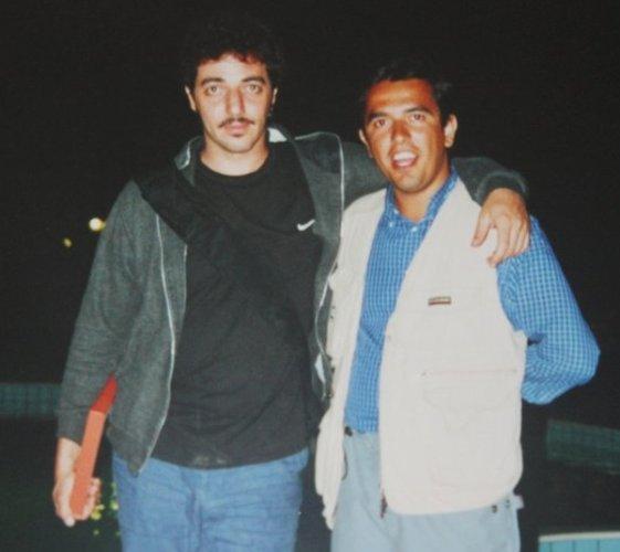 https://www.ragusanews.com/resizer/resize.php?url=https://www.ragusanews.com//immagini_articoli/10-11-2012/1396121392-max-gazze-e-il-giornalista-con-la-penna-bic.jpg&size=561x500c0