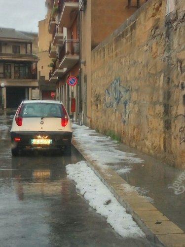 https://www.ragusanews.com/resizer/resize.php?url=https://www.ragusanews.com//immagini_articoli/10-11-2017/1510301035-9-violento-nubifragio-provincia-vittoria-sottacqua-foto-video.jpg&size=375x500c0