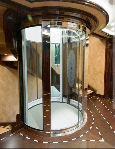 https://www.ragusanews.com/resizer/resize.php?url=https://www.ragusanews.com//immagini_articoli/11-07-2016/1468264884-3-yacht-l-alfa-nero-di-82-metri-di-beyonce-in-sicilia.jpg&size=387x500c0