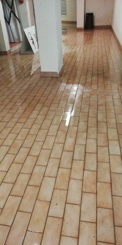 https://www.ragusanews.com/resizer/resize.php?url=https://www.ragusanews.com//immagini_articoli/11-09-2018/1536673788-1-ragusa-piove-allaga-anche-palaminardi-video-foto.jpg&size=250x500c0