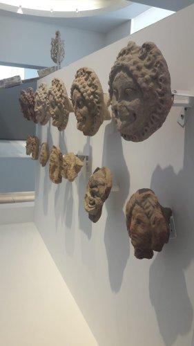 https://www.ragusanews.com/resizer/resize.php?url=https://www.ragusanews.com//immagini_articoli/11-09-2018/1536682094-1-bronzi-piace-museo-eccellenza-italiana.jpg&size=281x500c0