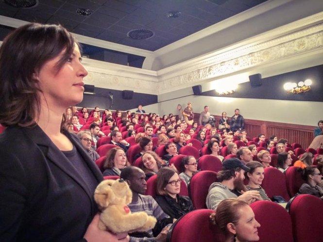 https://www.ragusanews.com/resizer/resize.php?url=https://www.ragusanews.com//immagini_articoli/12-04-2016/1460495473-1-il-nuovo-cinema-italiano-e-siciliano-in-russia.jpg&size=665x500c0
