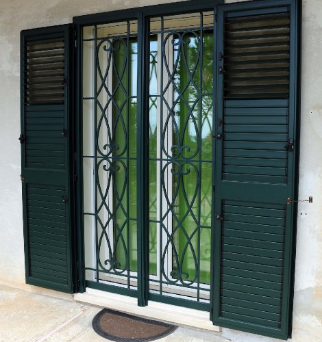 https://www.ragusanews.com/resizer/resize.php?url=https://www.ragusanews.com//immagini_articoli/12-05-2014/1399896242-una-porta-finestra-antifurto-by-raialfs.jpg&size=470x500c0