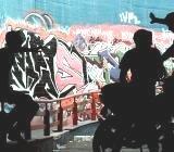 https://www.ragusanews.com/resizer/resize.php?url=https://www.ragusanews.com//immagini_articoli/12-06-2007/1396864661-ultimo-giorno-di-scuola-con-la-moto-nei-corridoi.jpg&size=571x500c0