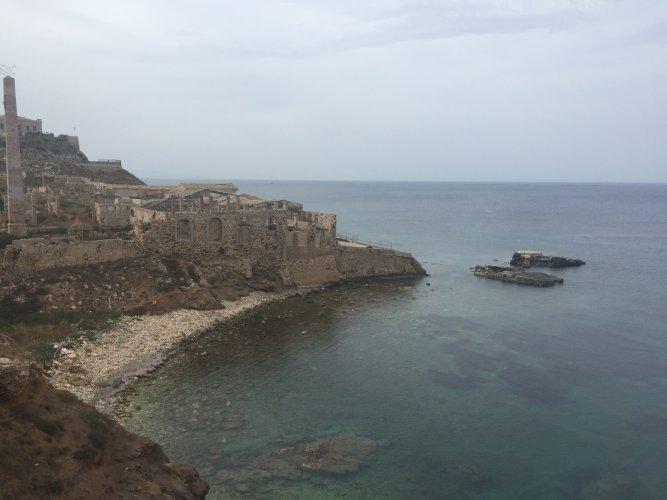 https://www.ragusanews.com/resizer/resize.php?url=https://www.ragusanews.com//immagini_articoli/12-06-2016/1465759936-2-il-castello-tafuri-ha-riaperto-rinasce-un-pezzo-di-sicilia.jpg&size=667x500c0
