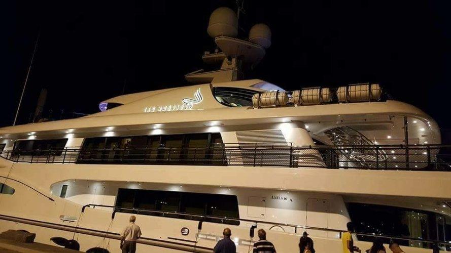 https://www.ragusanews.com/resizer/resize.php?url=https://www.ragusanews.com//immagini_articoli/12-08-2016/1471023213-1-e--a-licata-atteso-a-marina-di-ragusa-lo-yacht-di-beyonce.jpg&size=889x500c0