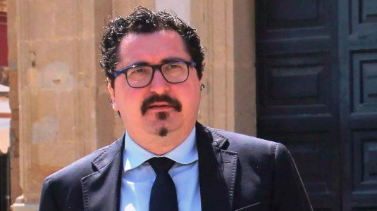 Tutti i redditi dei deputati regionali siciliani for Deputati siciliani
