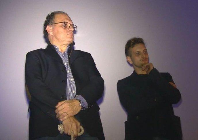 https://www.ragusanews.com/resizer/resize.php?url=https://www.ragusanews.com//immagini_articoli/13-12-2015/1450037891-0-a-vittoria-il-cinema-per-la-pace.jpg&size=706x500c0