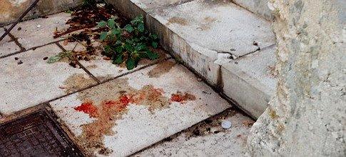 https://www.ragusanews.com/resizer/resize.php?url=https://www.ragusanews.com//immagini_articoli/14-08-2015/1439540200-0-chi-si-droga-alla-villa.jpg&size=1102x500c0