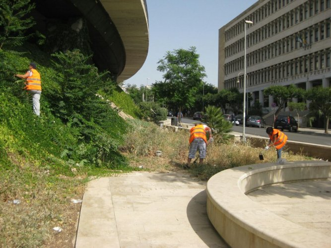 https://www.ragusanews.com/resizer/resize.php?url=https://www.ragusanews.com//immagini_articoli/15-08-2014/1408129141-1-100-persone-in-difficolta-economiche-scerbano-ragusa.jpg&size=667x500c0