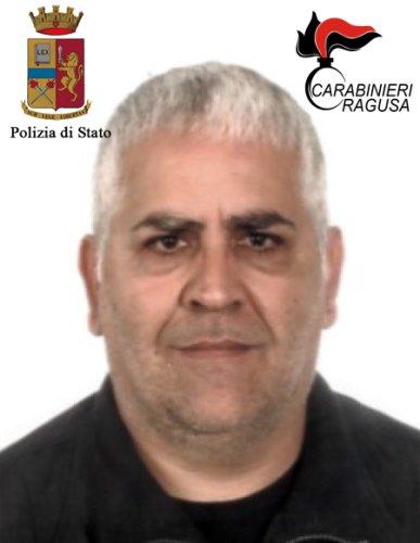 https://www.ragusanews.com/resizer/resize.php?url=https://www.ragusanews.com//immagini_articoli/15-09-2017/1505467359-4-blitz-antimafia-vittoria-sgominato-clan-ventura-arrestati.jpg&size=387x500c0