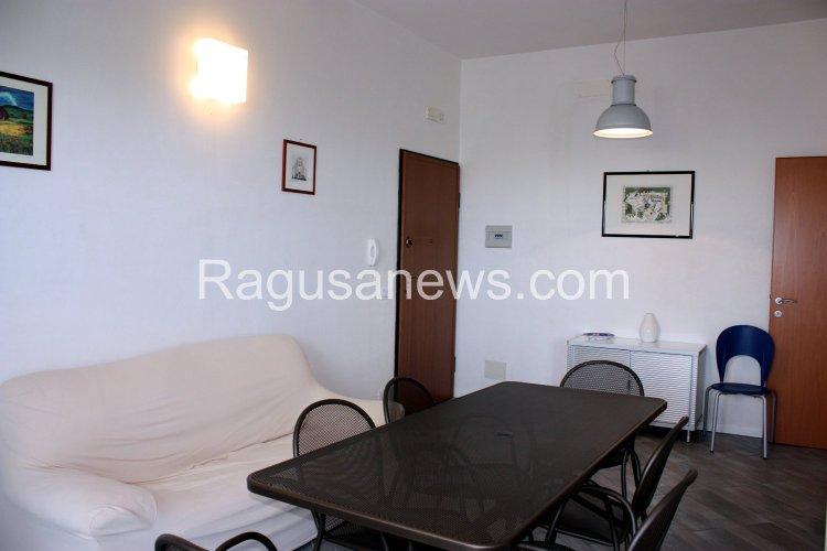https://www.ragusanews.com/resizer/resize.php?url=https://www.ragusanews.com//immagini_articoli/16-03-2015/1426495022-1-affitto-appartamento-a-donnalucata.jpg&size=750x500c0