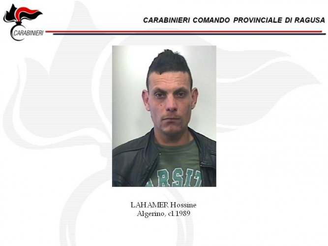 https://www.ragusanews.com/resizer/resize.php?url=https://www.ragusanews.com//immagini_articoli/16-06-2016/1466069763-2-droga-11-arresti-dei-carabinieri-per-la-morte-di-orazio-adamo.jpg&size=667x500c0