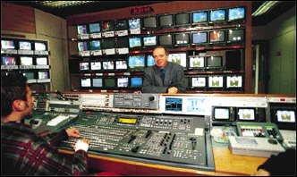 https://www.ragusanews.com/resizer/resize.php?url=https://www.ragusanews.com//immagini_articoli/17-09-2015/1442505273-0-che-contratti-hanno-i-giornalisti-nelle-tv-private.jpg&size=838x500c0