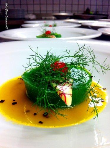 https://www.ragusanews.com/resizer/resize.php?url=https://www.ragusanews.com//immagini_articoli/17-12-2014/1418839489-3-corso-di-fitoalimurgia-per-chef.jpg&size=373x500c0