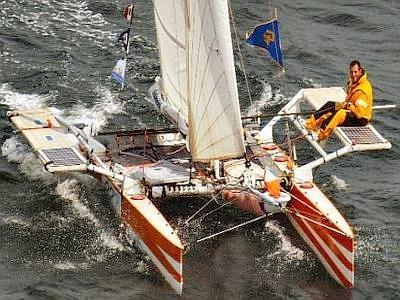 https://www.ragusanews.com/resizer/resize.php?url=https://www.ragusanews.com//immagini_articoli/18-03-2013/1396120348-un-guccione-allasta-per-il-giro-del-mondo-in-barca-a-vela.jpg&size=667x500c0
