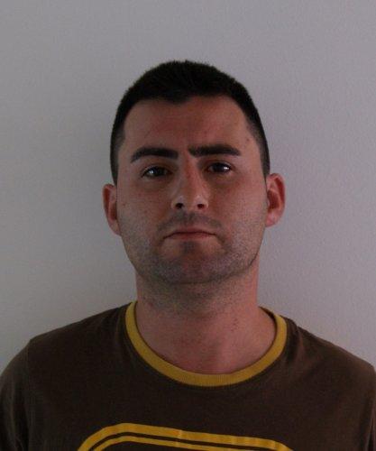 https://www.ragusanews.com/resizer/resize.php?url=https://www.ragusanews.com//immagini_articoli/18-05-2018/1526640989-1-operazione-antidroga-modica-arresti.jpg&size=417x500c0