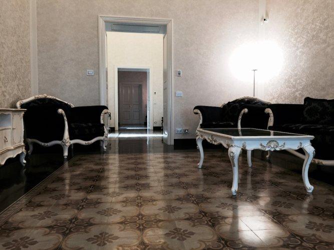 https://www.ragusanews.com/resizer/resize.php?url=https://www.ragusanews.com//immagini_articoli/18-06-2015/1434632837-1-site-rooms-il-primo-palazzo-nobiliare-in-un-albergo-diffuso-a-scicli.jpg&size=667x500c0