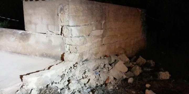 https://www.ragusanews.com/resizer/resize.php?url=https://www.ragusanews.com//immagini_articoli/18-08-2018/1534582488-1-auto-muro-muore-valentina-angileri.jpg&size=1000x500c0