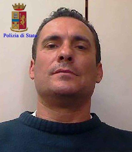 https://www.ragusanews.com/resizer/resize.php?url=https://www.ragusanews.com//immagini_articoli/18-10-2017/1508310760-2-traffico-droga-condanne-corte-dappello-catania.jpg&size=435x500c0