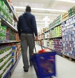 https://www.ragusanews.com/resizer/resize.php?url=https://www.ragusanews.com//immagini_articoli/19-03-2014/1396117678-ladro-extracomunitario-in-un-supermarket-espulso.jpg&size=481x500c0