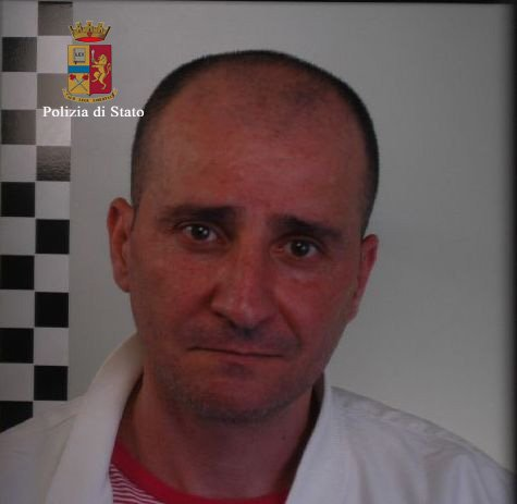 https://www.ragusanews.com/resizer/resize.php?url=https://www.ragusanews.com//immagini_articoli/19-05-2015/1432024669-0-stidda-arrestato-vincenzo-latino.jpg&size=513x500c0