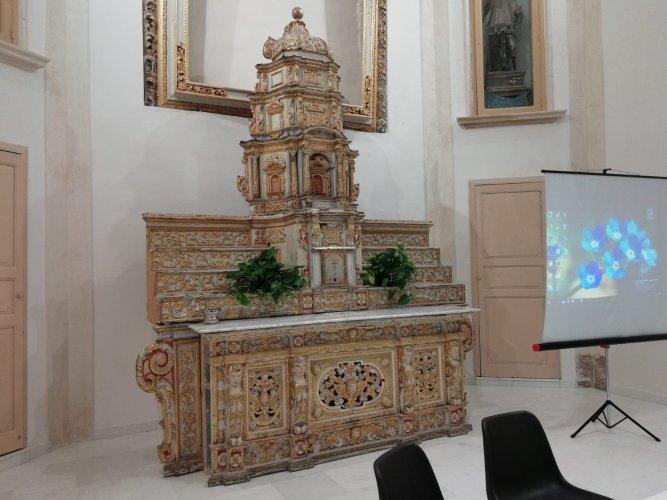 https://www.ragusanews.com/resizer/resize.php?url=https://www.ragusanews.com//immagini_articoli/19-05-2018/1526722588-7-rinasce-auditorium-santa-teresa-sorpresa-fabrizio-pollio-video.jpg&size=667x500c0