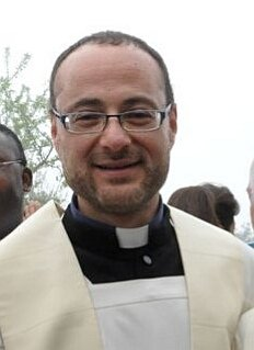 https://www.ragusanews.com/resizer/resize.php?url=https://www.ragusanews.com//immagini_articoli/19-07-2017/1500449708-2-diocesi-trasferimenti-parroci-decisi-vescovo.jpg&size=364x500c0