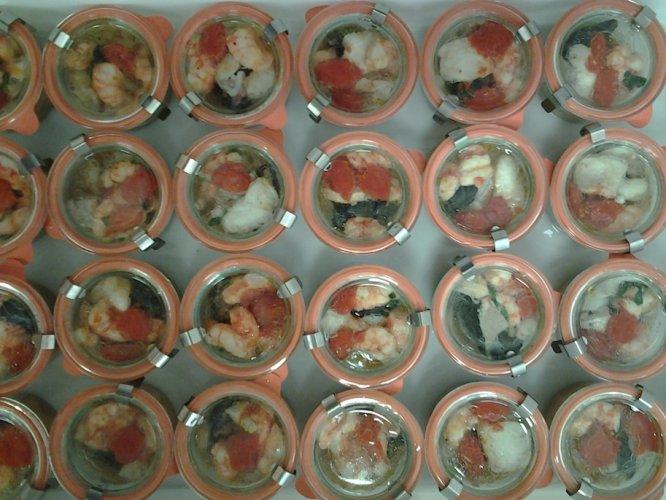 https://www.ragusanews.com/resizer/resize.php?url=https://www.ragusanews.com//immagini_articoli/19-08-2015/1439971212-2-la-zuppa-di-pesce-nel-vasetto-di-vetro.jpg&size=666x500c0