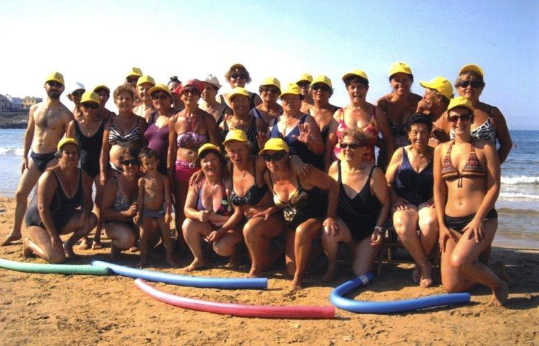 https://www.ragusanews.com/resizer/resize.php?url=https://www.ragusanews.com//immagini_articoli/19-09-2013/1396119154-a-cava-daliga-la-ginnastica-in-spiaggia-diventa-maggiorenne.jpg&size=778x500c0