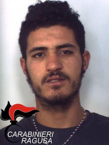 https://www.ragusanews.com/resizer/resize.php?url=https://www.ragusanews.com//immagini_articoli/19-12-2015/1450523862-1-due-arresti-per-droga.jpg&size=376x500c0