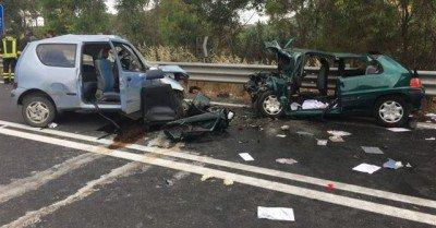 https://www.ragusanews.com/resizer/resize.php?url=https://www.ragusanews.com//immagini_articoli/20-06-2015/1434802500-0-incidente-con-5-feriti-sulla-ragusa-catania.jpg&size=957x500c0