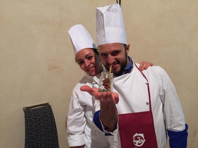 https://www.ragusanews.com/resizer/resize.php?url=https://www.ragusanews.com//immagini_articoli/20-06-2016/1466451780-0-chef-del-cerasuolo-vince-peppe-venezia.jpg&size=667x500c0