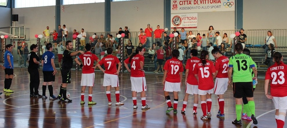 https://www.ragusanews.com/resizer/resize.php?url=https://www.ragusanews.com//immagini_articoli/20-10-2014/1413792397-0-il-vittoria-sporting-batte-il-cefalu.jpg&size=1114x500c0