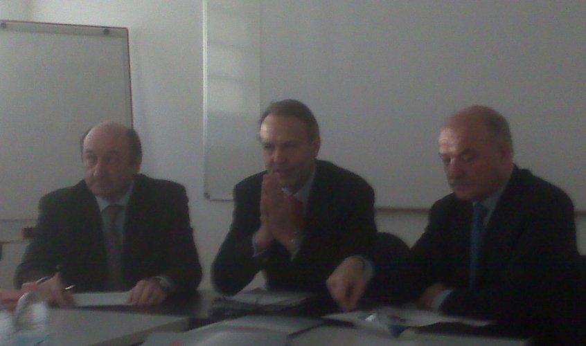 https://www.ragusanews.com/resizer/resize.php?url=https://www.ragusanews.com//immagini_articoli/20-12-2008/1396863644-il-consorzio-universitario-ibleo-punta-su-innovazione-tecnologica.jpg&size=846x500c0