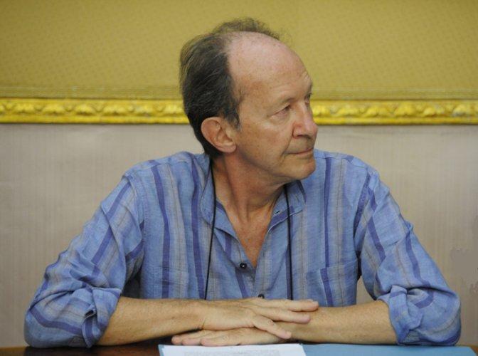 https://www.ragusanews.com/resizer/resize.php?url=https://www.ragusanews.com//immagini_articoli/21-02-2013/1396120449-pietro-barcellona-le-dimissioni-del-papa-e-il-giudizio-di-agamben.jpg&size=672x500c0